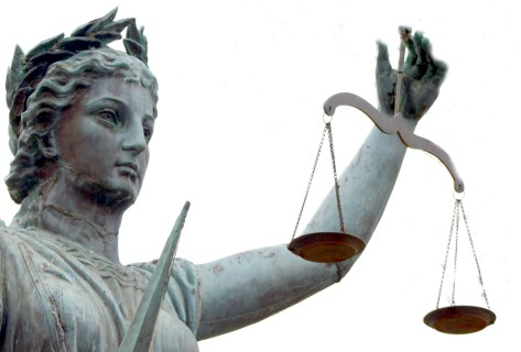 Are the scales of justice in Croatia still red?