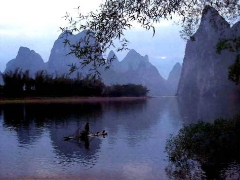 http://paradiseintheworld.com/wp-content/uploads/2012/03/li-river-china.jpg